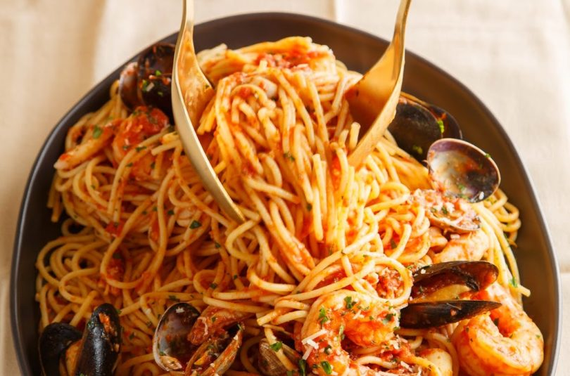 Fancy Seafood Pasta Marinara