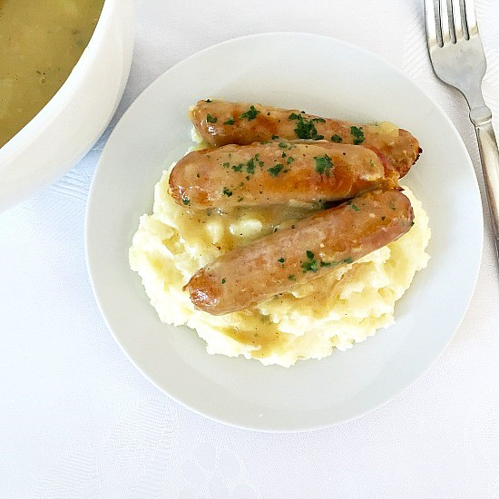 Bangers-and-mash-with-onion-gravy-2