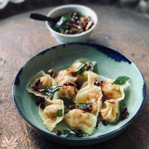 Prawn Wanton with Crispy Garlic Oil