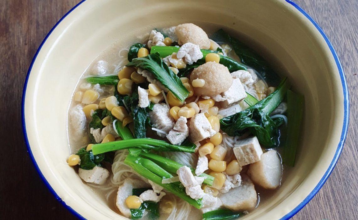 One Pot Beehoon Soup
